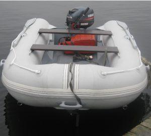 Надувная лодка с жестким дном